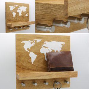 Schlüsselbrett mit Weltkarte