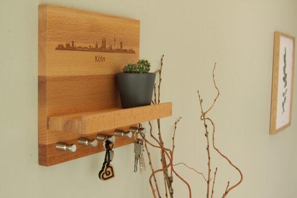 Schlüsselboard aus Holz mit Gravur