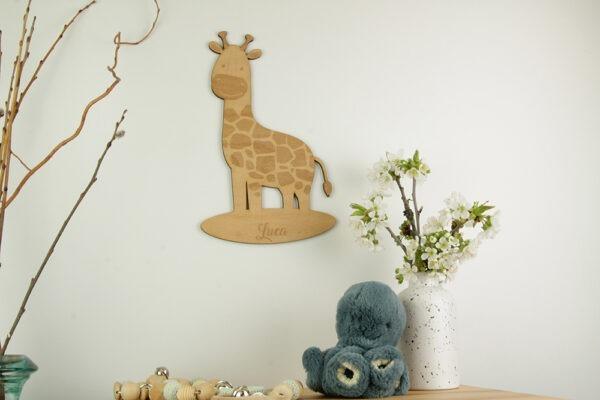 Giraffe aus Holz mit Wunschnamen graviert